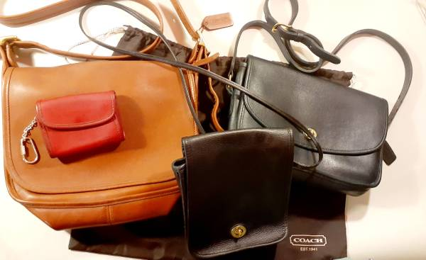 Photo VINTAGE Coach Glove Leather Purse Coin Wallet  Bag Collection NICE - $100 (West IndyPlainfield)