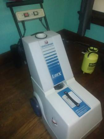 Photo Von Schrader LMX Carpet Cleaning Machine - $2500 (LaPorte Indiana)