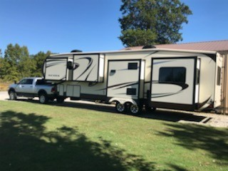 Photo Used 2014 Forest River Fifth Wheel RV  $32000