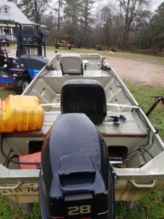 Photo 14 ft aluminum boat 28 spl - $1700 (McNeil)