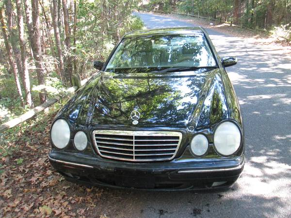 Photo 2002 MERCEDES E320 excel cond. - $2,995 (hot springs)