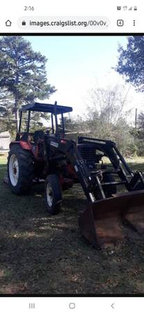 Photo Belarus tractor with front end loader 85hp - $7,500 (Hughes Springs)