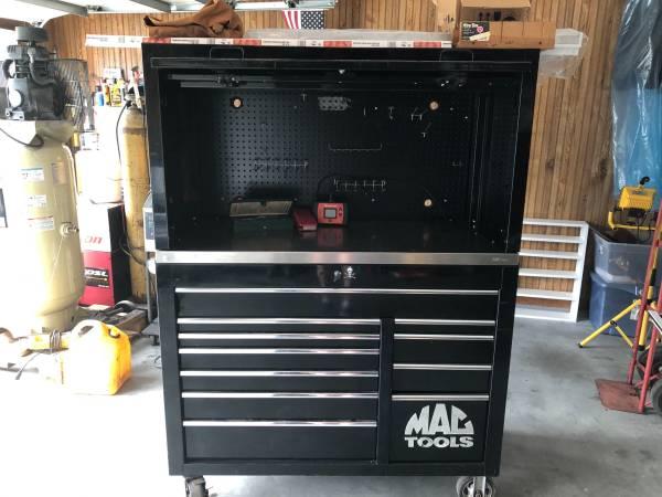 Photo Black Mac Toolbox - $3,500 (Searcy)