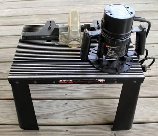 Photo Black Decker Router Craftsman Router Table - USA - $65 (Monroe Garden District)