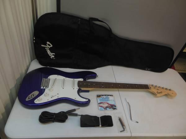 Photo Fender Squier Strat Lead Guitar - $225 (Texarkana, Arkansas)