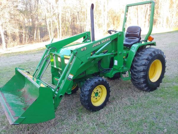 Photo John Deere 790 30hp Diesel 4x4 tractor, bucket, front end loader. 350 - $10900 (Pittsburg tx)
