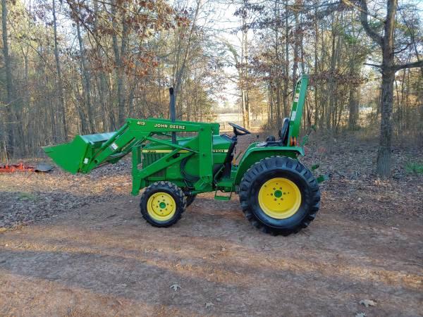 Photo John Deere 790 30hp Diesel 4x4 tractor, bucket, front end loader. 350 - $10900 (Pittsburg east TX)