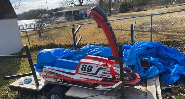 Photo Kawasaki 550 - $600 (Willis point)