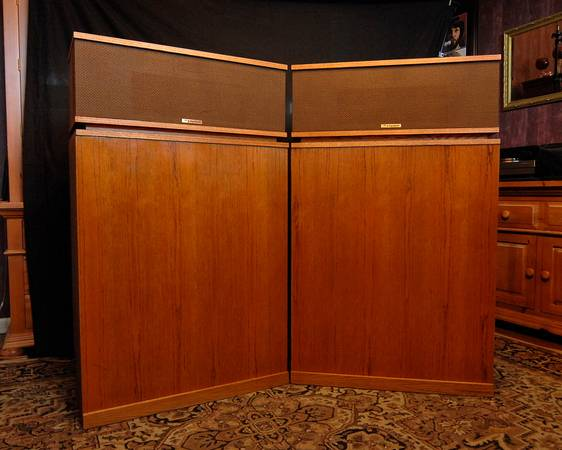 Photo Klipsch Klipschorn Vintage Stereo Speakers - $4750 (Maumelle-Phil)