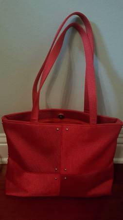 Photo Purse - Shoulder Length Straps - CHRISTMAS Red with Gold accents - $12 (North Bossier  I-220)