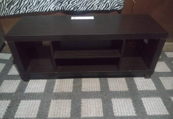 Photo TV Stand for TVs up to 42quot (Has To Go TODAY, Serious Inquiries Only) - $175 (Hope, AR)
