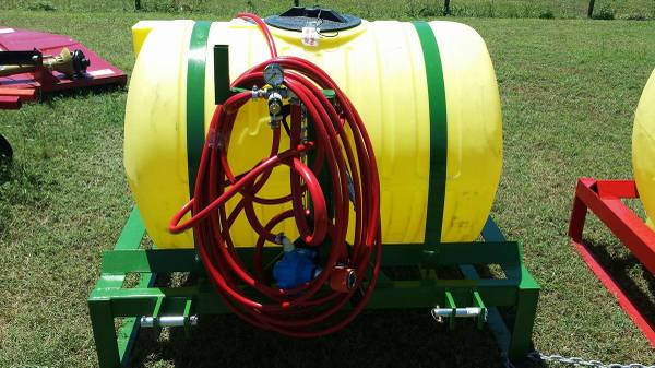 Photo 150 Gallon 3-point Boom-less sprayer - $1760 (Mabank)