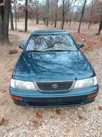 Photo 1996 Toyota Avalon - $1,550 (Kingston)