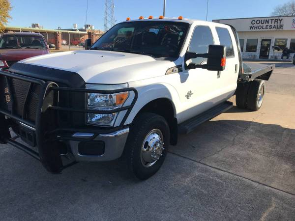 Photo 2014 Ford F350 CrewCab with 6.7 Diesel and added like new Flatbed - $25,998 (Ardmore)