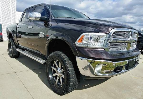 Photo 2016 RAM 1500 LARAMIE LONGHORN ECO DIESEL LIFTED LEATHER SUNROOF NAVI - $34,700 (Great Financing Available)