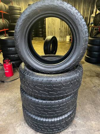 Photo 20 INCH TIRE 27555R20 HANKOOK DYNAPRO ATM - $220 (1515 S ARMSTRONG AVE DENISON TX)