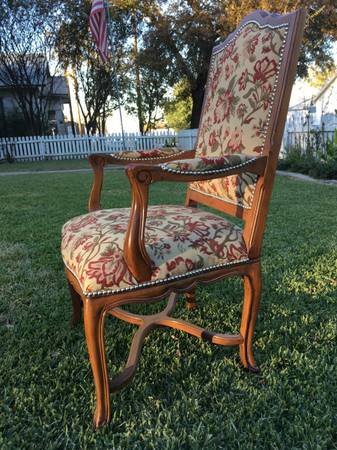 Photo 8 Dining chairs -Large size- Ethan Allen - $500 (GAINESVILLE)