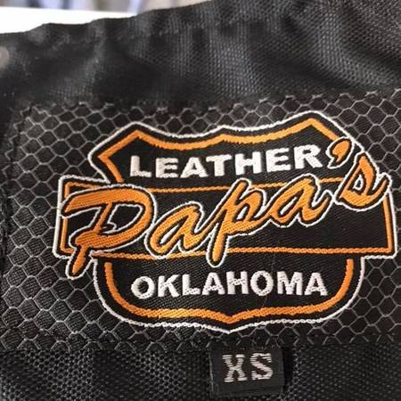 Photo Chaps - Papas Ladies Flat Black XS - $75 (Ardmore)