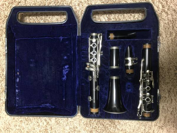 Photo Good working Yamaha Ycl-23N B clarinets for first-time player - $109 (Frisco, TX)