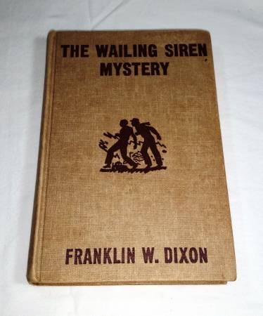 Photo Hardy Boys The Wailing Siren Mystery - $10 (allen,tx)