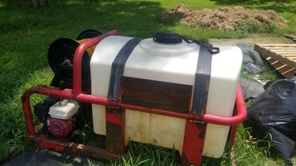 Photo North Star 200 Gallon Skid Sprayer - $2,000 (Cooper, TX)