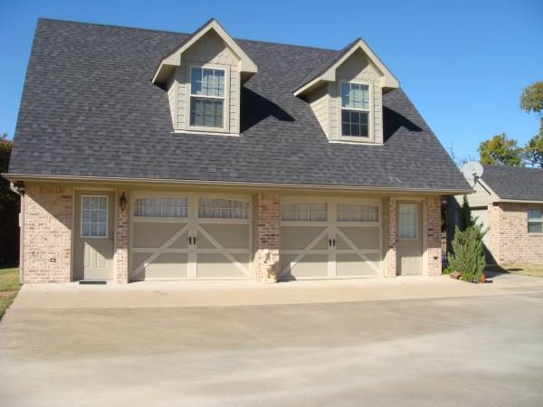 Photo Private Upstairs Guest House for Rent (Denison Tx overlooking Lake Texoma)