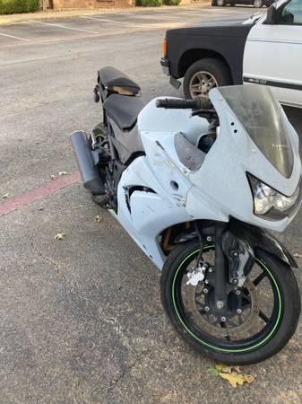 Photo Selling 2009 Kawasaki Ninja 250r - $500 (Denton Tx)