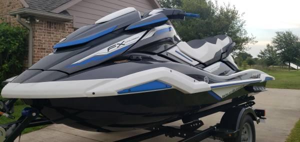 Photo Set of Yamaha Waverunner Jet skis - $23000 (Bells)