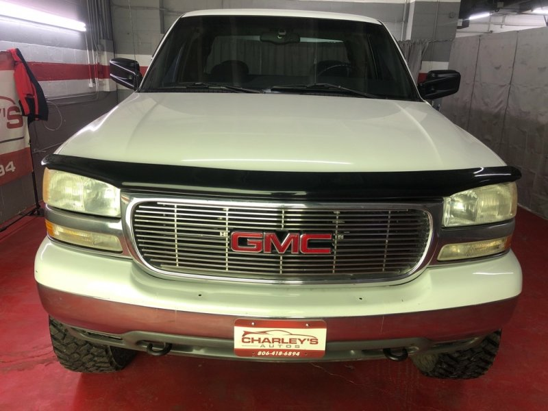 Photo Used 2000 GMC Sierra 2500 4x4 Extended Cab HD for sale