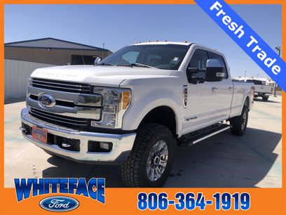 Photo Used 2017 Ford F350 Crew Cab Lariat for sale