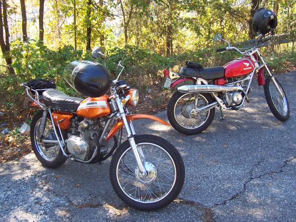 Photo VINTAGE SMALL BIKE MOTORCYCLE RIDE IN S.E. OKLAHOMA FREE (Poteau, OK)