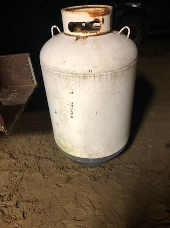 Photo 120 Gallon Propane tank - $350 (Marlette)