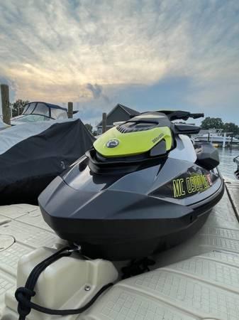 Photo 2021 SeaDoo GTR 230 - $16,500 (New Baltimore)