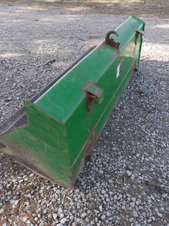Photo 60quot John Deere Quick attach loader bucket - $450 (Ubly)