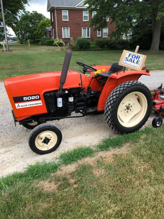 Photo Allis-Chalmers 5020 low hours - $5250