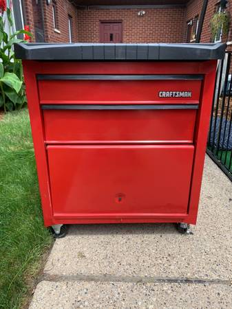 Photo Craftsman Rolling Tool ChestBoxCabinet - $100 (Plymouth)