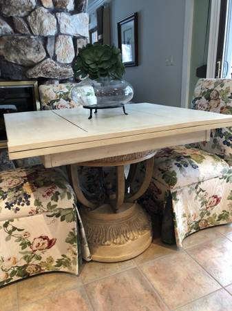 Photo Kitchen table  chairs - $350 (Dryden)