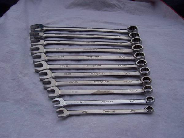 Photo SNAP ON WRENCH SET 38-1quot - $335 (Ypailanti)