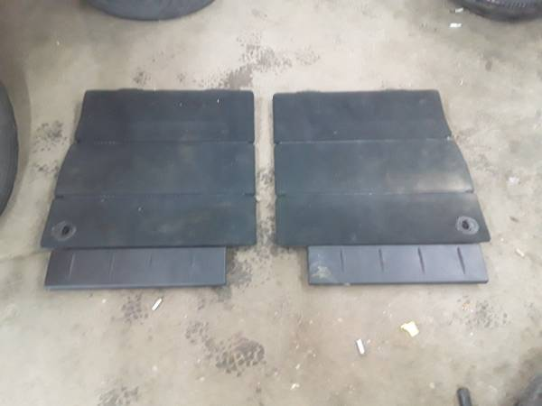 Photo Stow and Go Covers That Make the Floor Out of 2010 Dodge Grand Caravan - $80 (Sandusky)