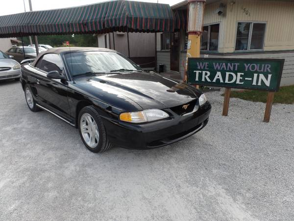 Photo 1998 FORD MUSTANG GT CONVERTIBLE (LAFAYETTE)