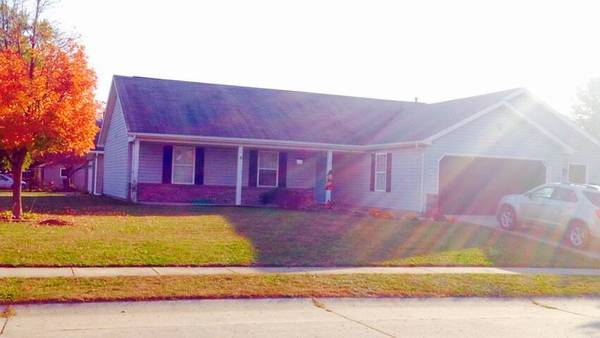 Photo 1 bed available in 3 bed 2 bath house (West Lafayette)