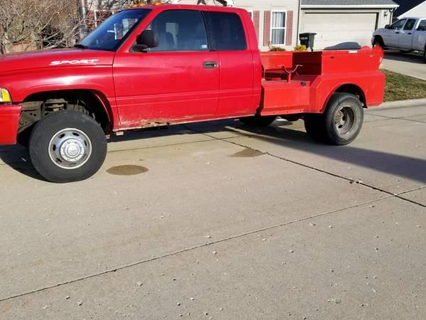 Photo 2001 Dodge Ram 3500 - $4000