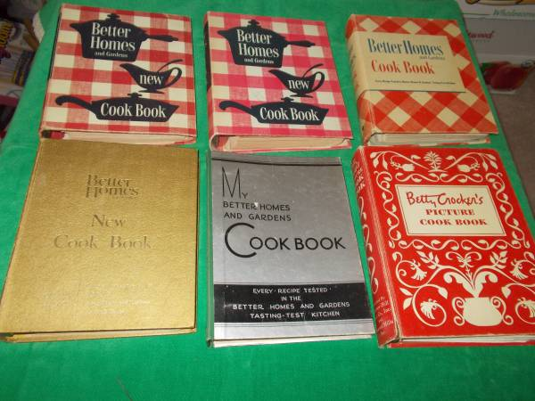 Photo Better Homes and Gardens Cookbooks - $25 (West Lafayette)