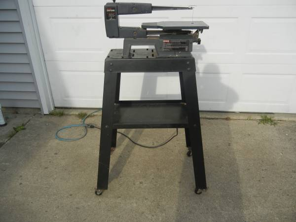 Photo Craftsman 16quot scroll saw with original stand. - $75 (Brookston, In.)