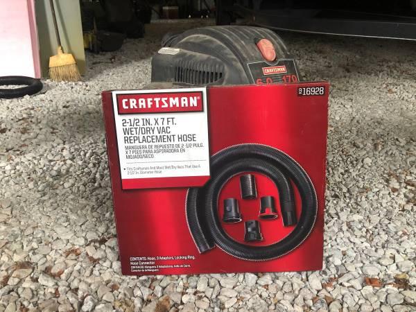 Photo Craftsman shop vac - $40 (Flora)