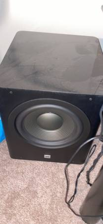 Photo Jbl 10 inch subwoofer - $300 (Lafayette)