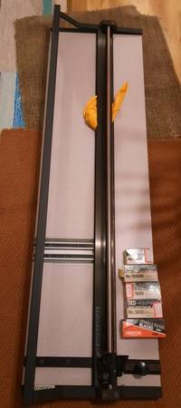 Photo Mat cutter, magnifying l, printmaking tools, paper, hot plate - $1 (Greenwood)