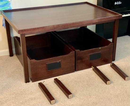 Photo Pottery Barn kids table wdrawers - $100 (West Lafayette)