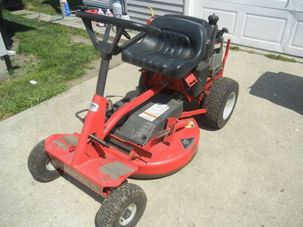 Photo Snapper riding mower with electric start 10 HP BS mulching deck - $400 (Brookston, In.)