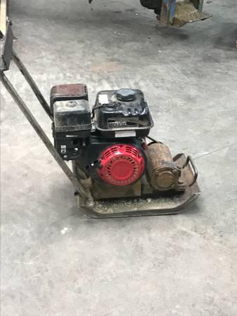 Photo Wacker plate compactor - $375 (West Lafayette)